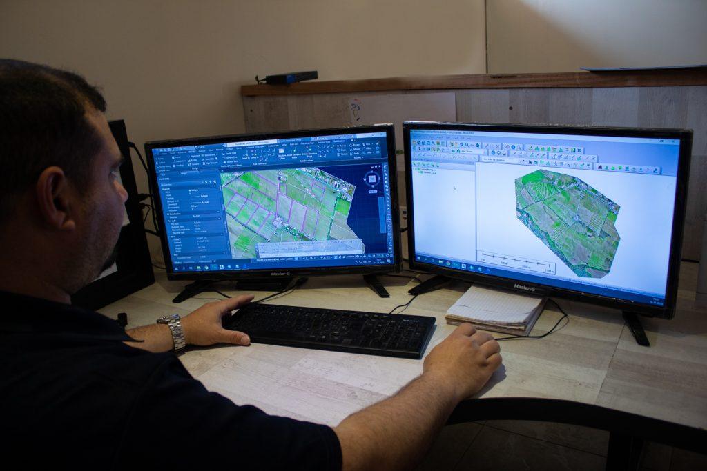Topografia ingenieria y servicios aplicados a la agricultura